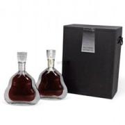 河源路易十三酒瓶回收(老版新版的轩尼诗李察酒瓶回收)
